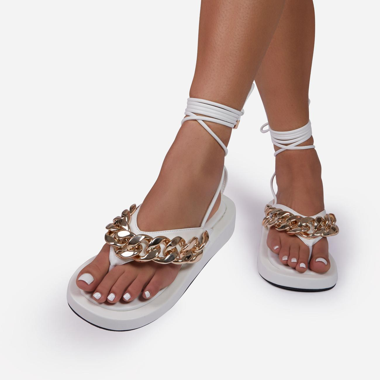 Hidden-Gems Chain Thong Detail Lace Up Platform Gladiator Sandal In White Faux Leather Image 4