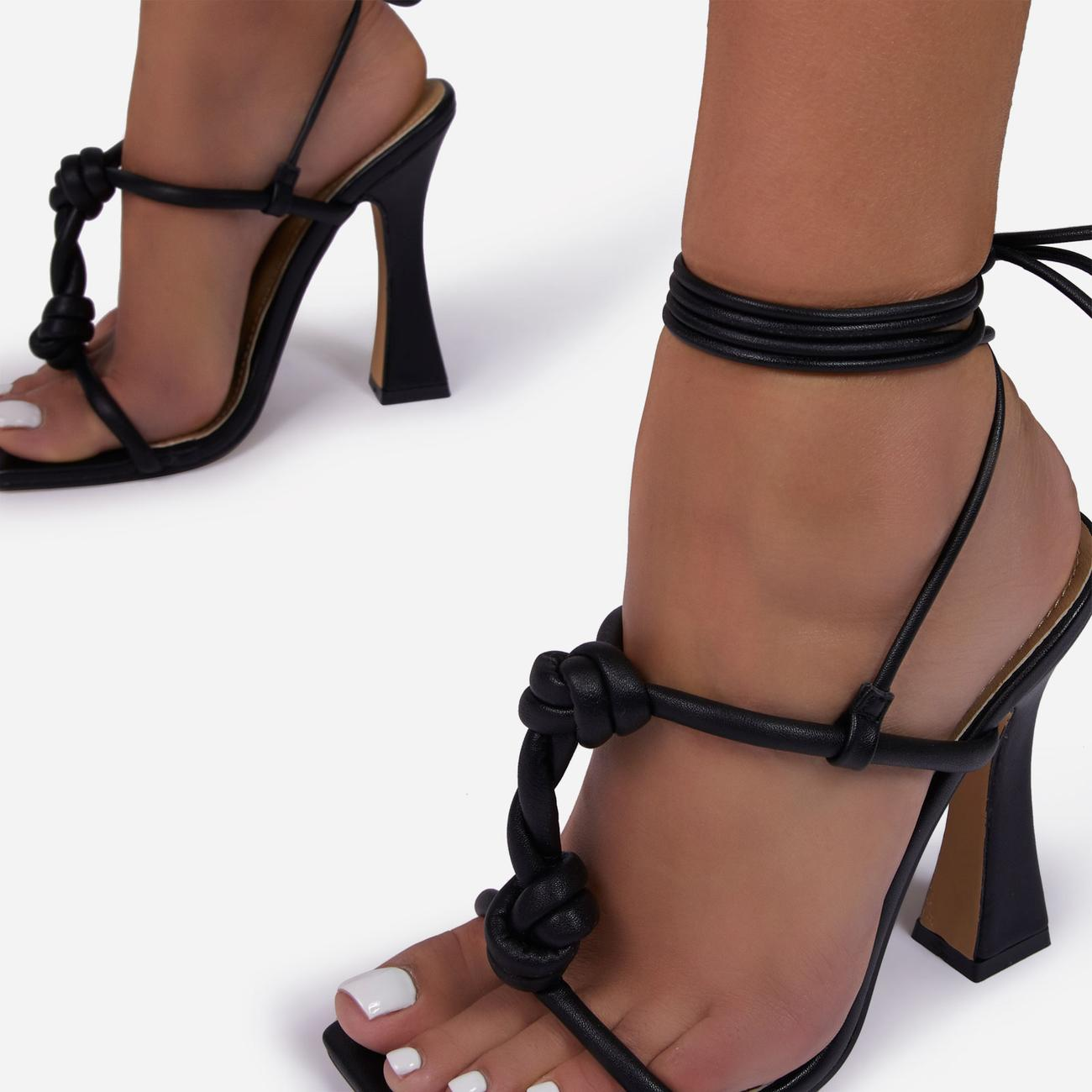 Set-Free Knotted Detail Lace Square Toe Flared Block Heel In Black Faux Leather Image 3
