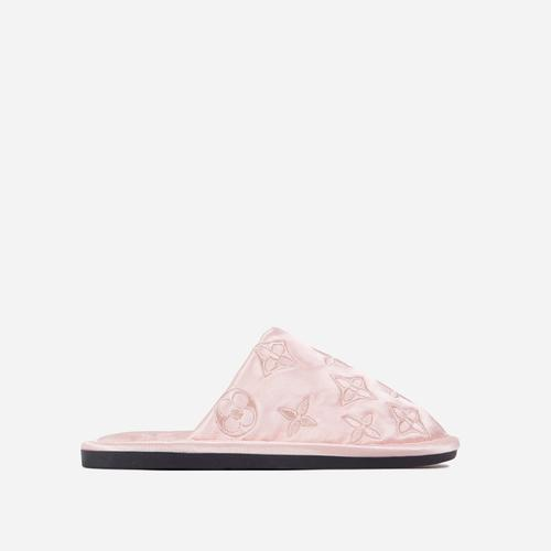 Quinn Printed Detail Quilted Flat Slipper In Pink Satin