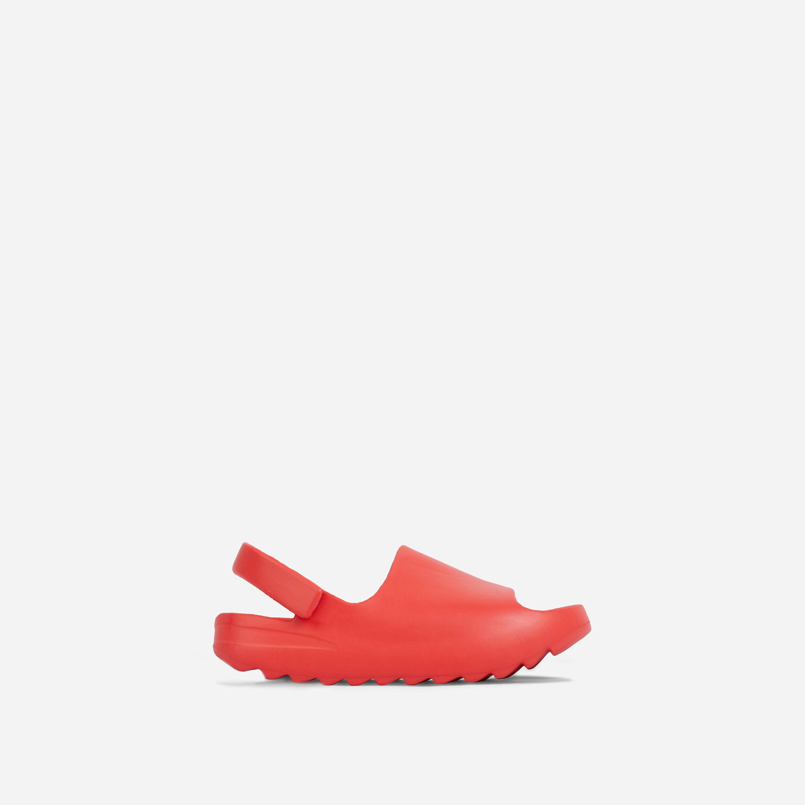 Kickoff Kid's Flat Sandal In Red Rubber, Red