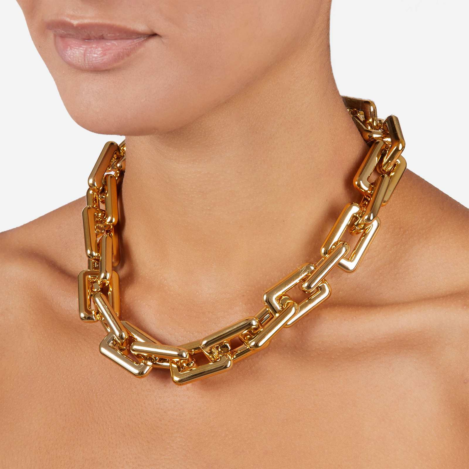 Oversized Square Chain Necklace In Gold