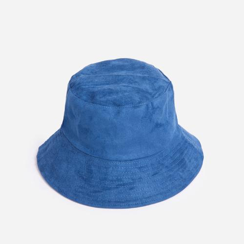 Reversible Bucket Hat In Blue Faux Suede
