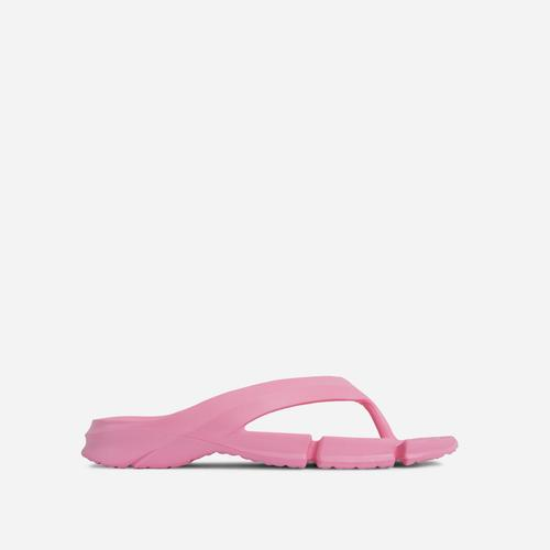 Remedy Thong Strap Cleated Sole Flat Slider Sandal In Pink Rubber