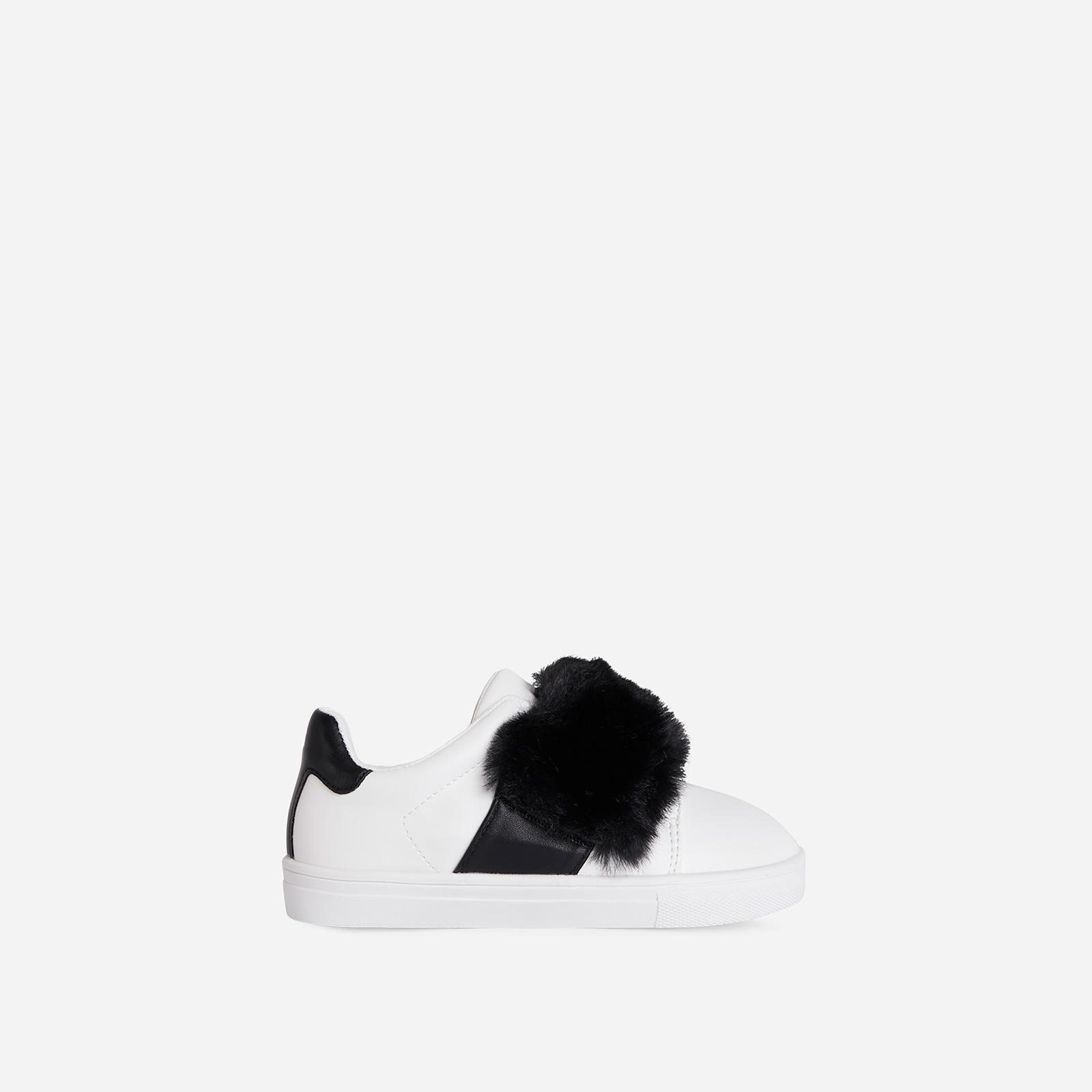 Plush-Baby Kid's Black Fluffy Stripe Trainer In White Faux Leather Kid's, White