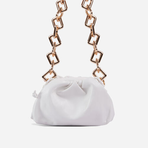 Tia Chunky Chain Pouch Bag In White Faux Leather