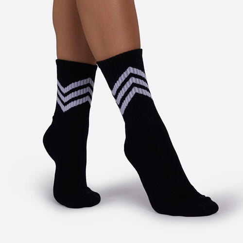 Diagonal Stripe Detail Sport Sock In Black