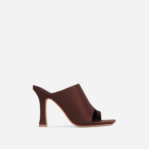 Girl Crush Toe Loop Square Toe Heel Mule In Dark Brown Lycra