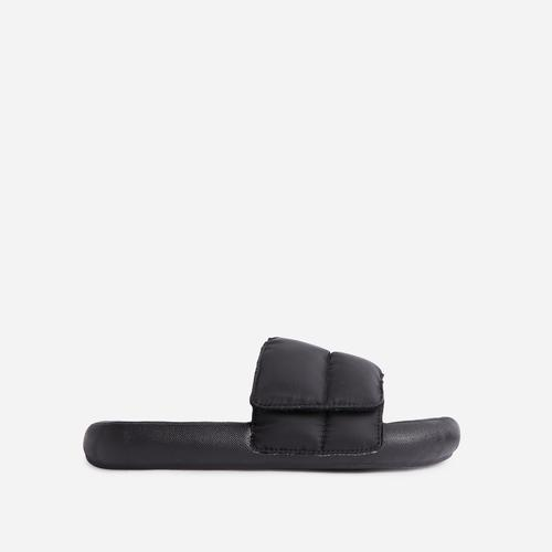 Pattie Padded Flat Slide Sandal In Black