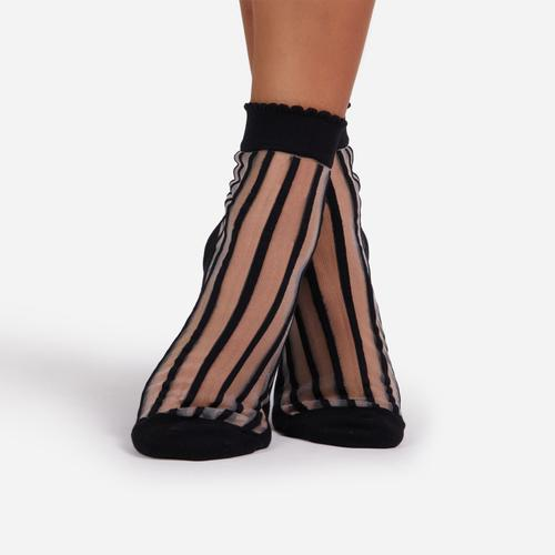 Stripe Detail Ankle Socks In Black Mesh