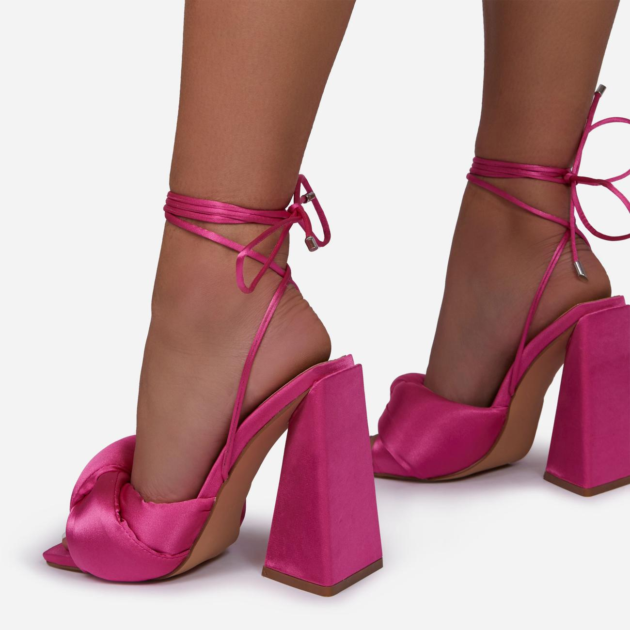 Cushy Knotted Detail Lace Up Square Peep Toe Sculptured Flared Block Heel In Fuchsia Pink Satin Image 4