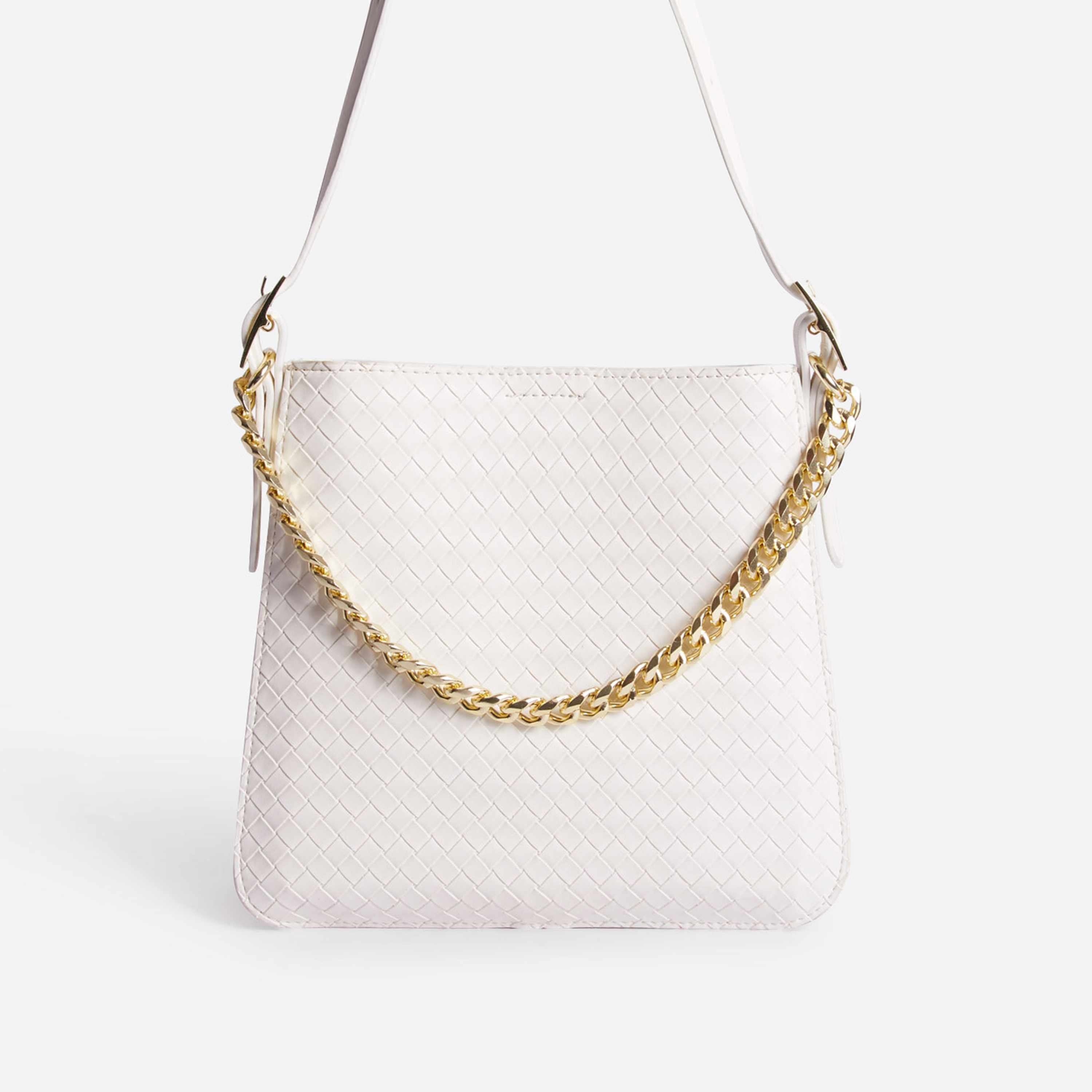 Timing Chain Detail Woven Shoulder Bag In White Faux Leather
