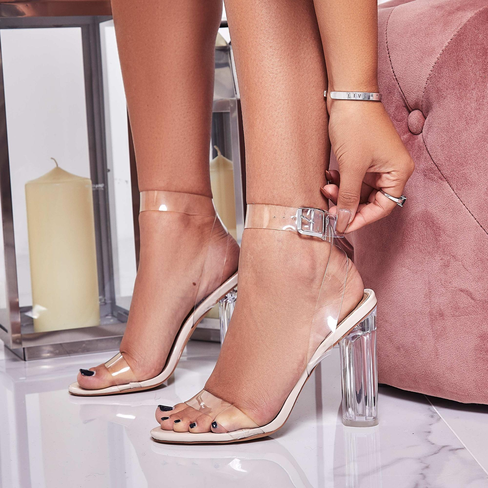 China Pvc Women Shoes Pumps Crystal Perspex Clear High Heels Lady Shoes Sandals