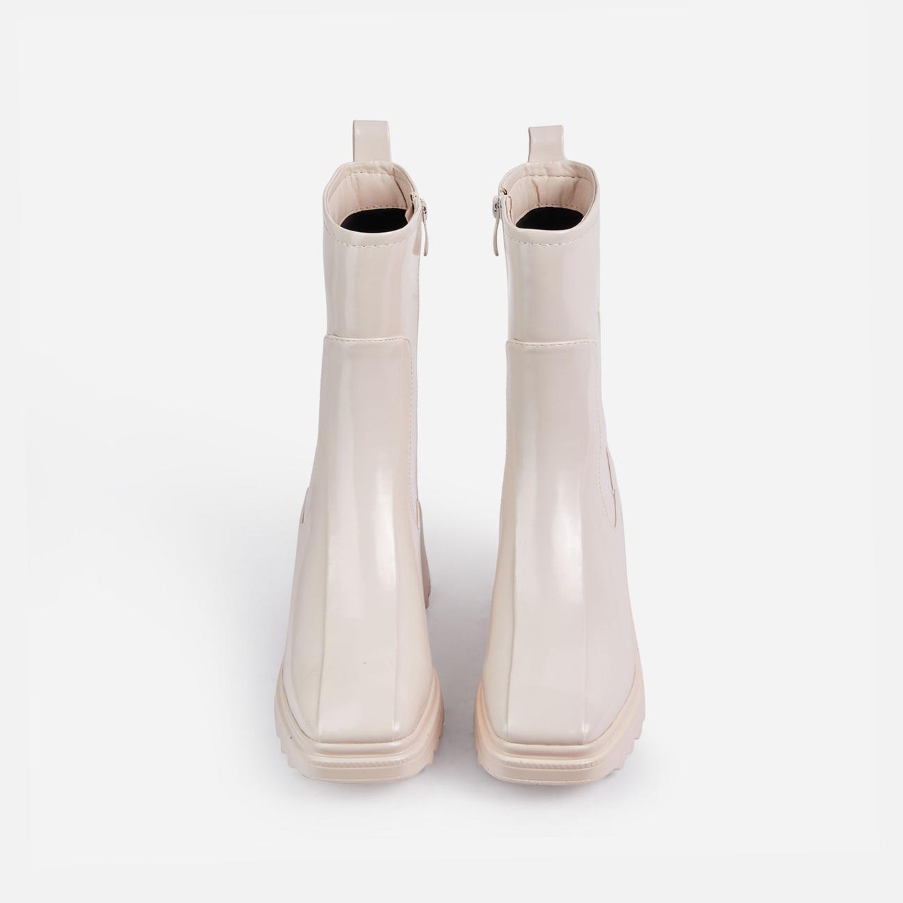 Rain-On-Me Block Heel Ankle Wellington Boot In Cream Image 4