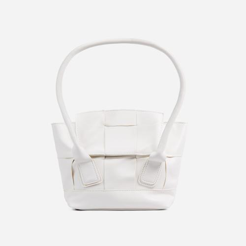 Abbie Oversized Woven Shopper Bag In White Faux Leather