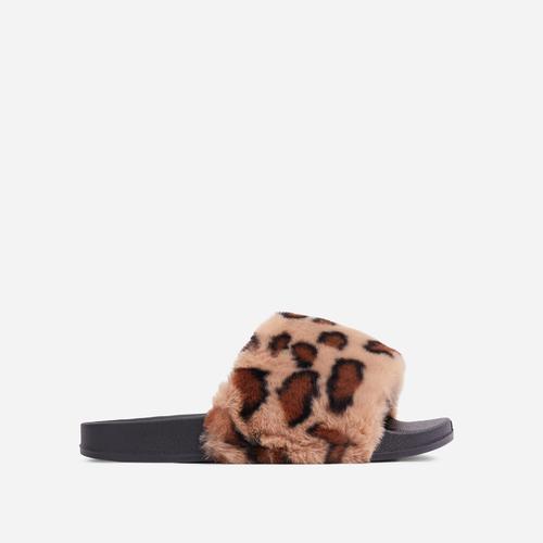 Relax Fluffy Flat Slider Sandal In Leopard Print Faux Fur