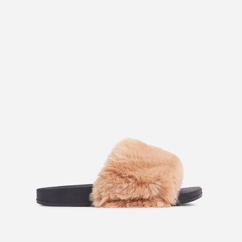 Relax Fluffy Flat Slider Sandal In Brown Faux Fur