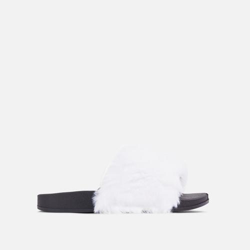 Relax Fluffy Flat Slider Sandal In White Faux Fur