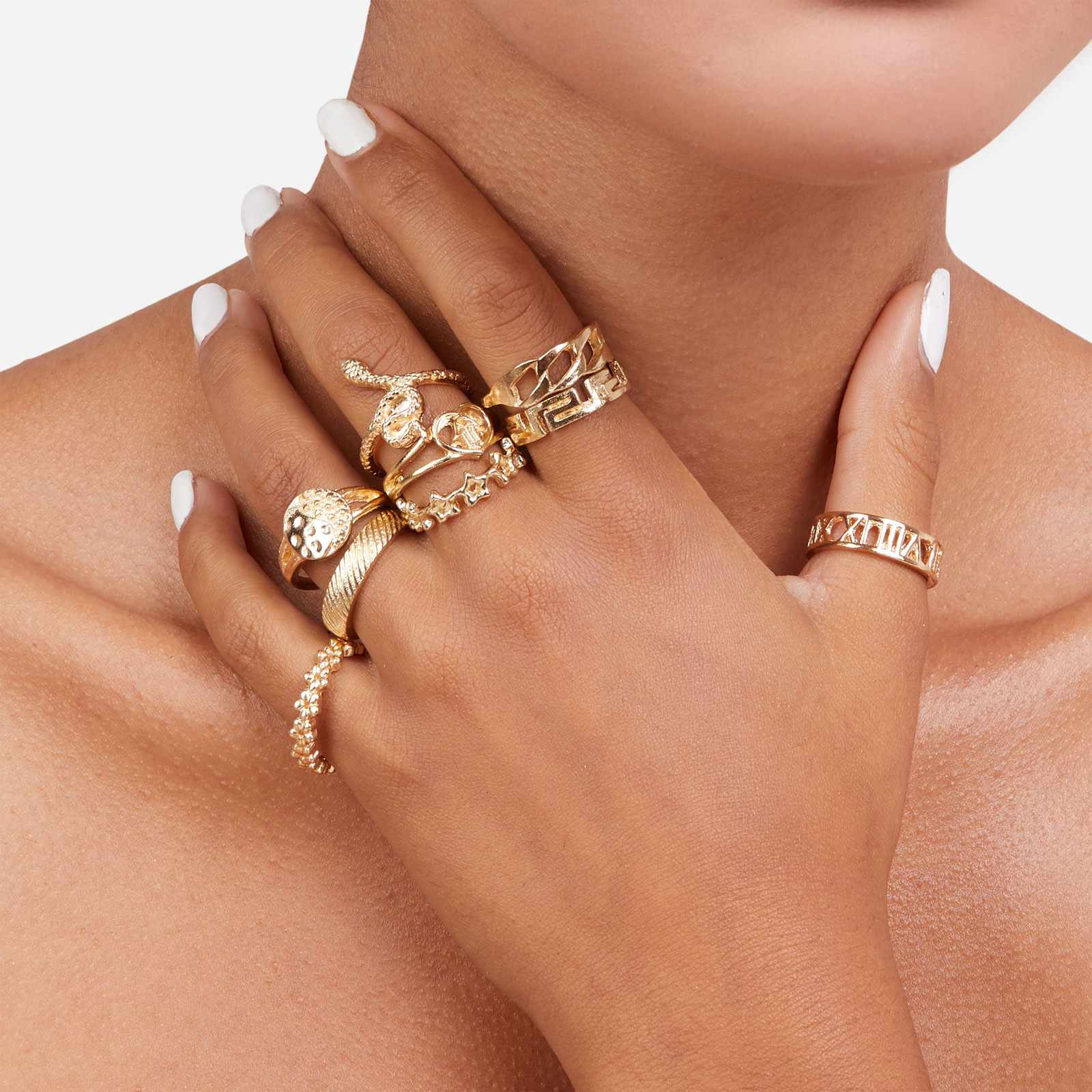 Multi Pack 9 Piece Snake Detail Rings In Gold