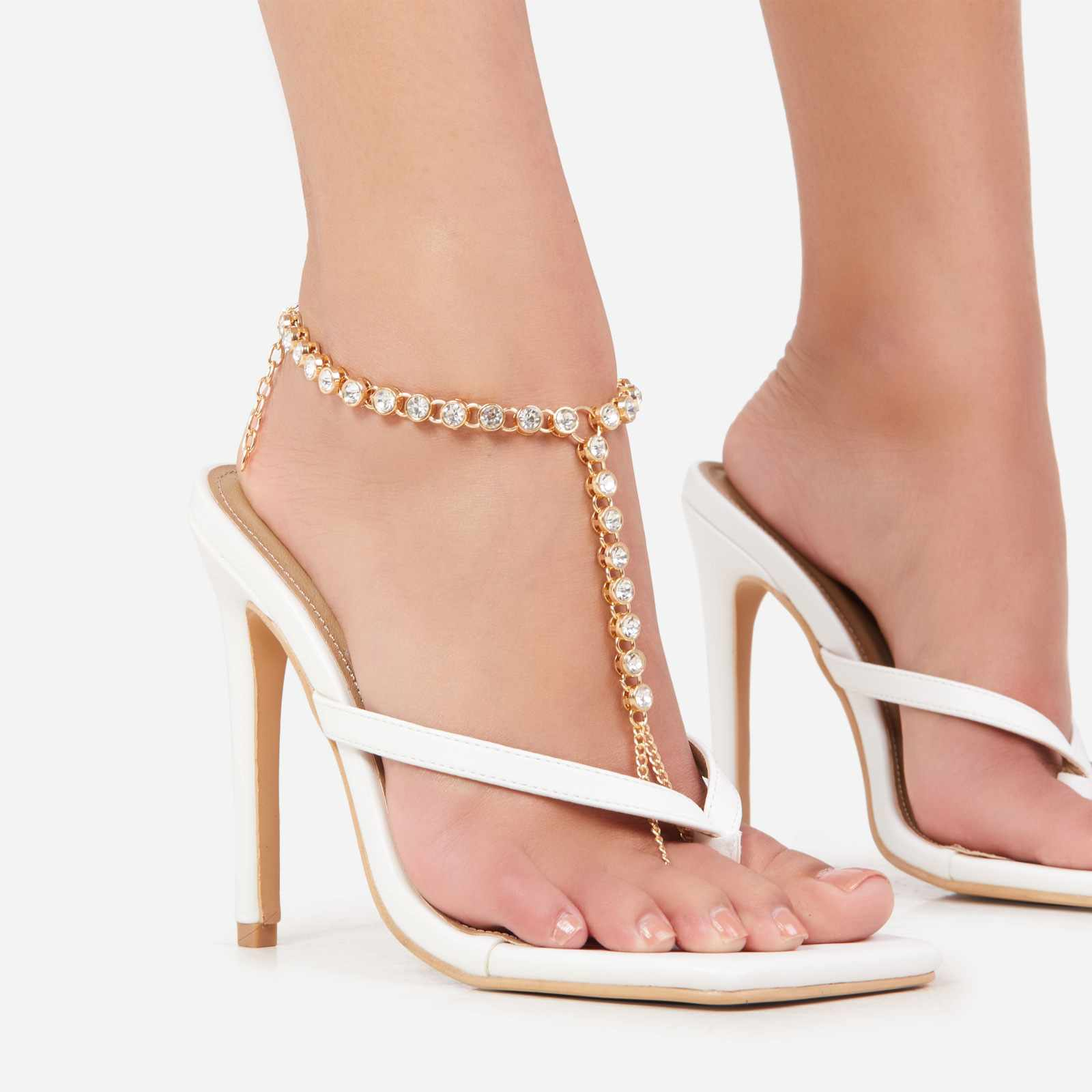 Diamante Gem Detail Foot Chain In Gold