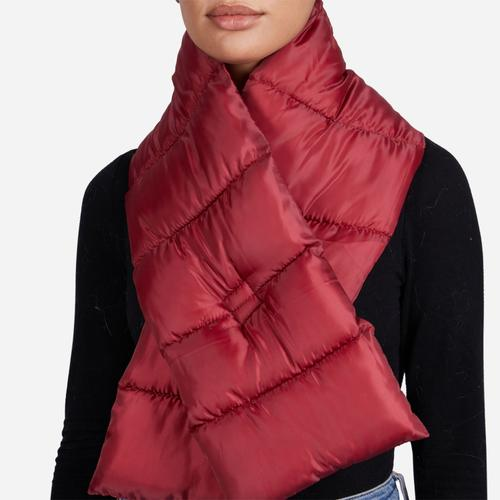 Oversized Puffa Quilted Scarf In Red Nylon