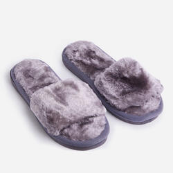 Kaz Fluffy Slipper In Grey Faux Fur