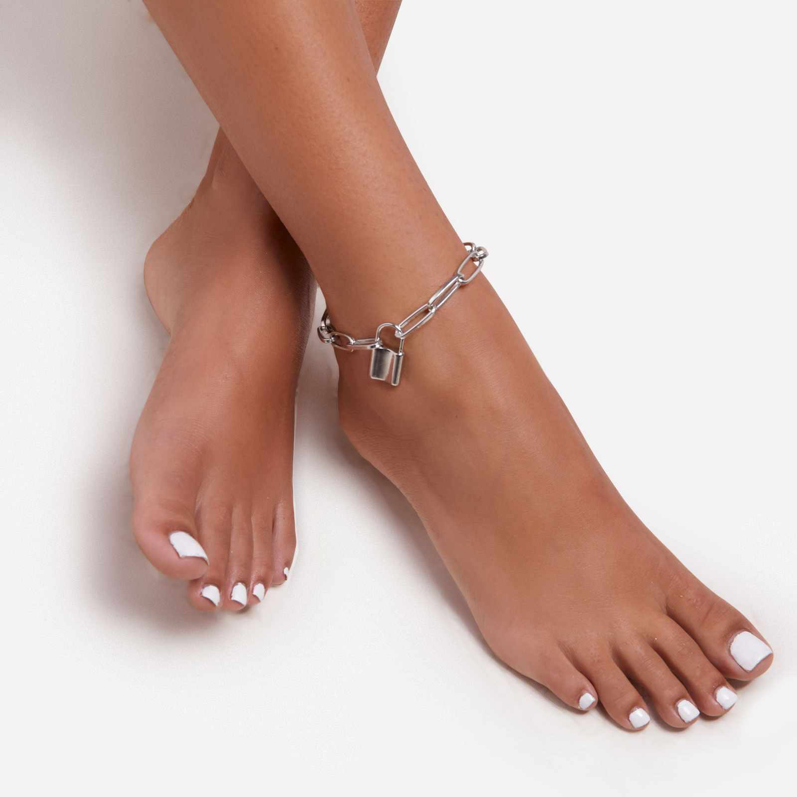 Padlock Detail Chain Anklet In Silver