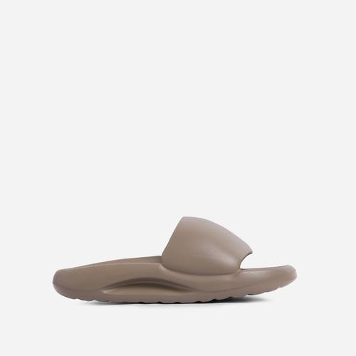 Supergirl Flat Slider Sandal In Khaki Rubber