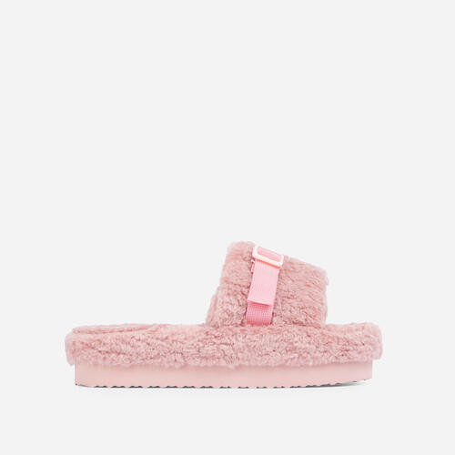 Buzzing Buckle Detail Flatform Slider Sandal In Pink Faux Fur