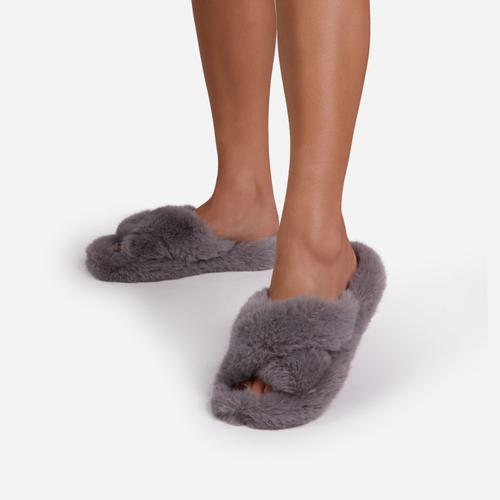 Nero Fluffy Cross Strap Slipper In Grey Faux Fur