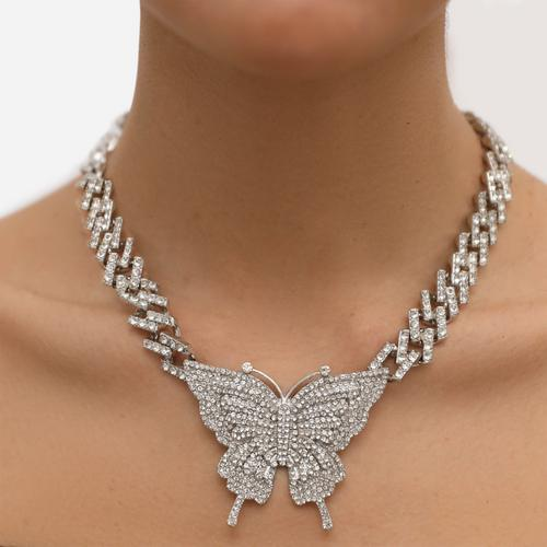 Oversized Diamante Butterfly Detail Necklace In Silver