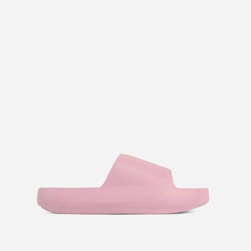 Space Flat Slider Sandal In Pink Rubber