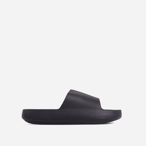 Space Flat Slider Sandal In Black Rubber
