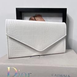 Chain Strap CrossBody Bag In White Croc Patent