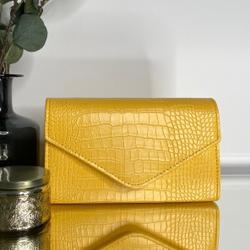 Chain Strap CrossBody Bag In Yellow Croc Patent