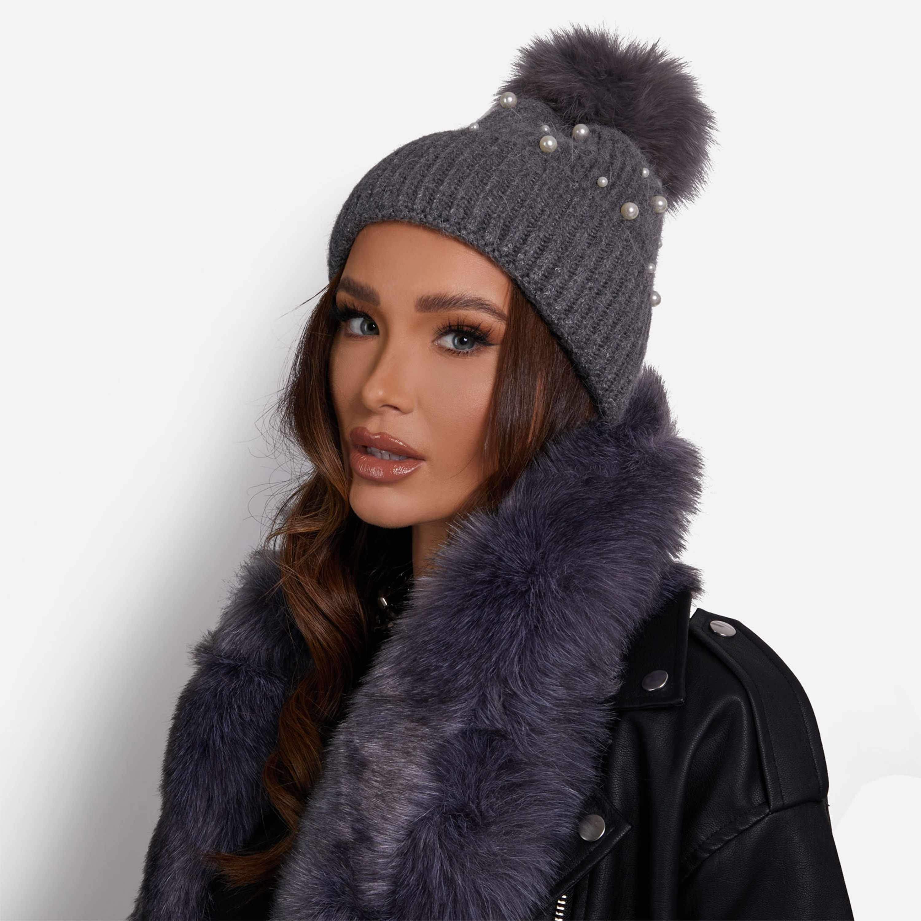 Pearl Detail Ribbed Faux Fur Pom Pom Hat In Grey Knit