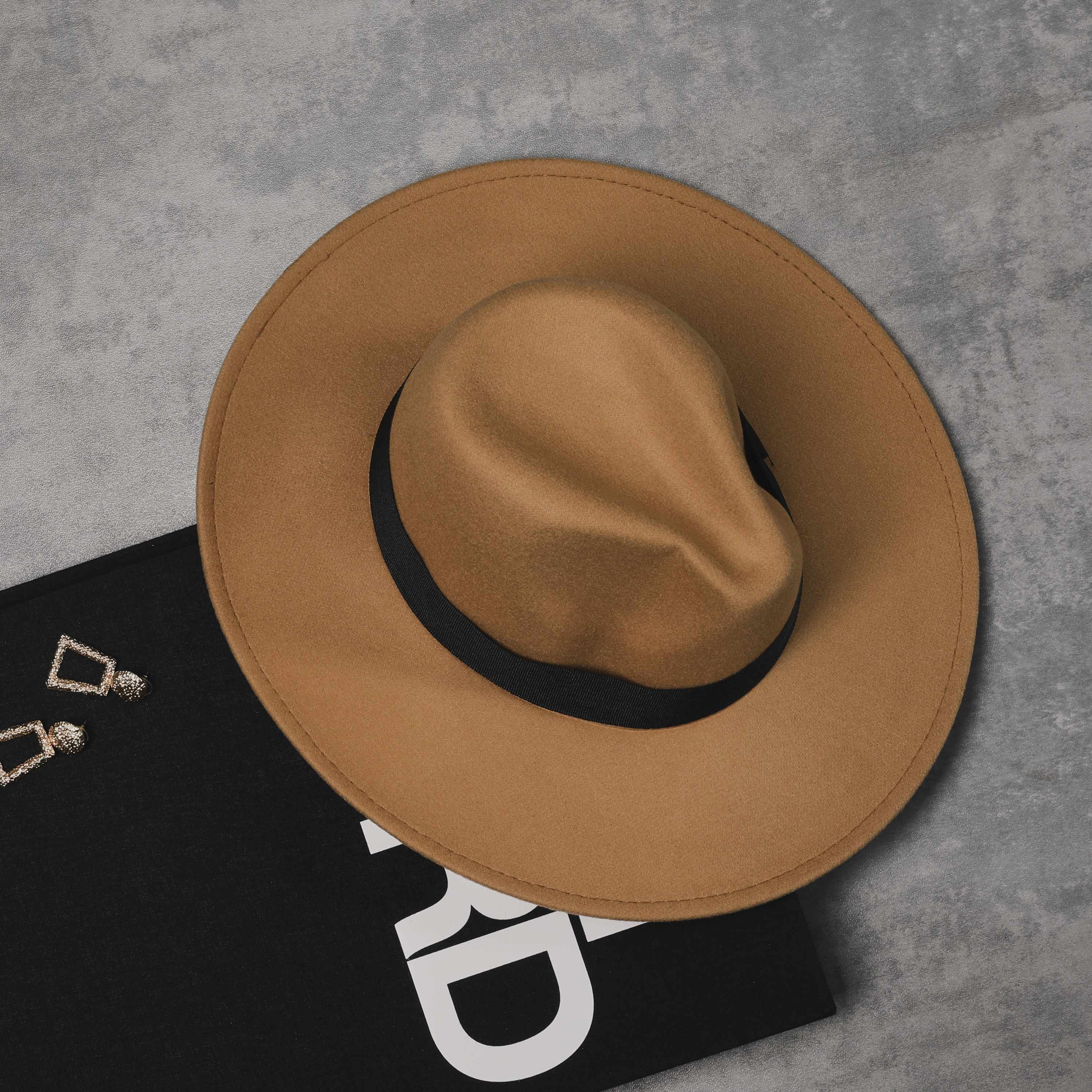 Fedora Hat In Tan Felt