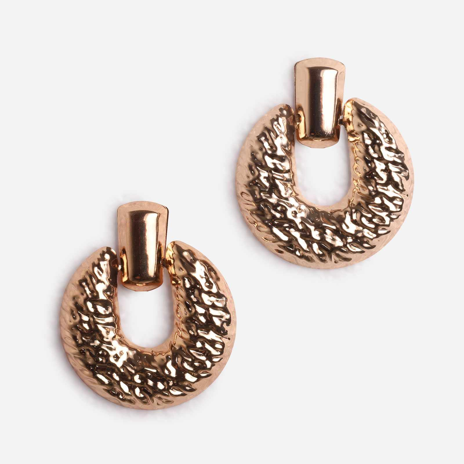 Hammered Circle Statement Earrings In Gold
