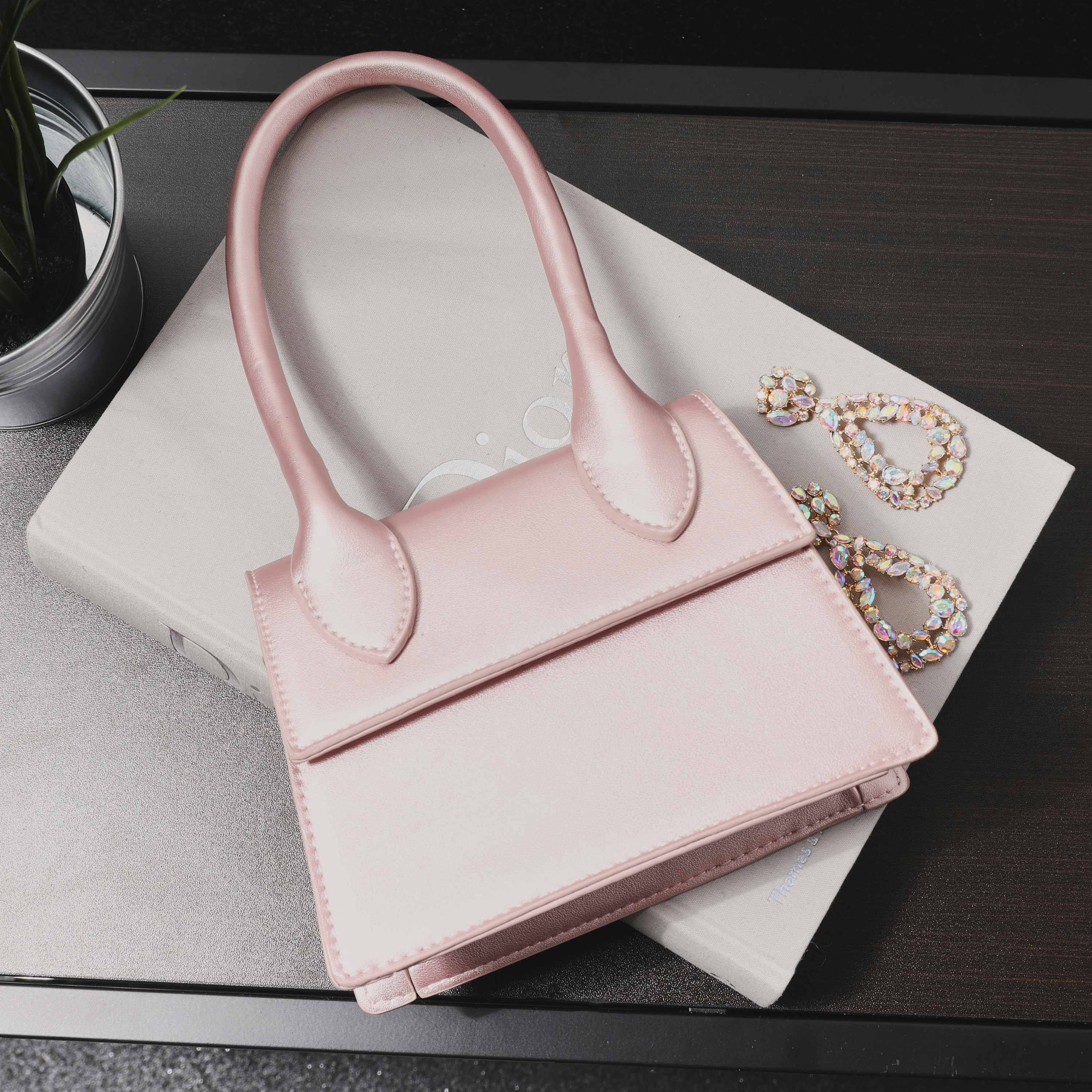 Single Handle Grab Bag In Pink Metallic Faux Leather