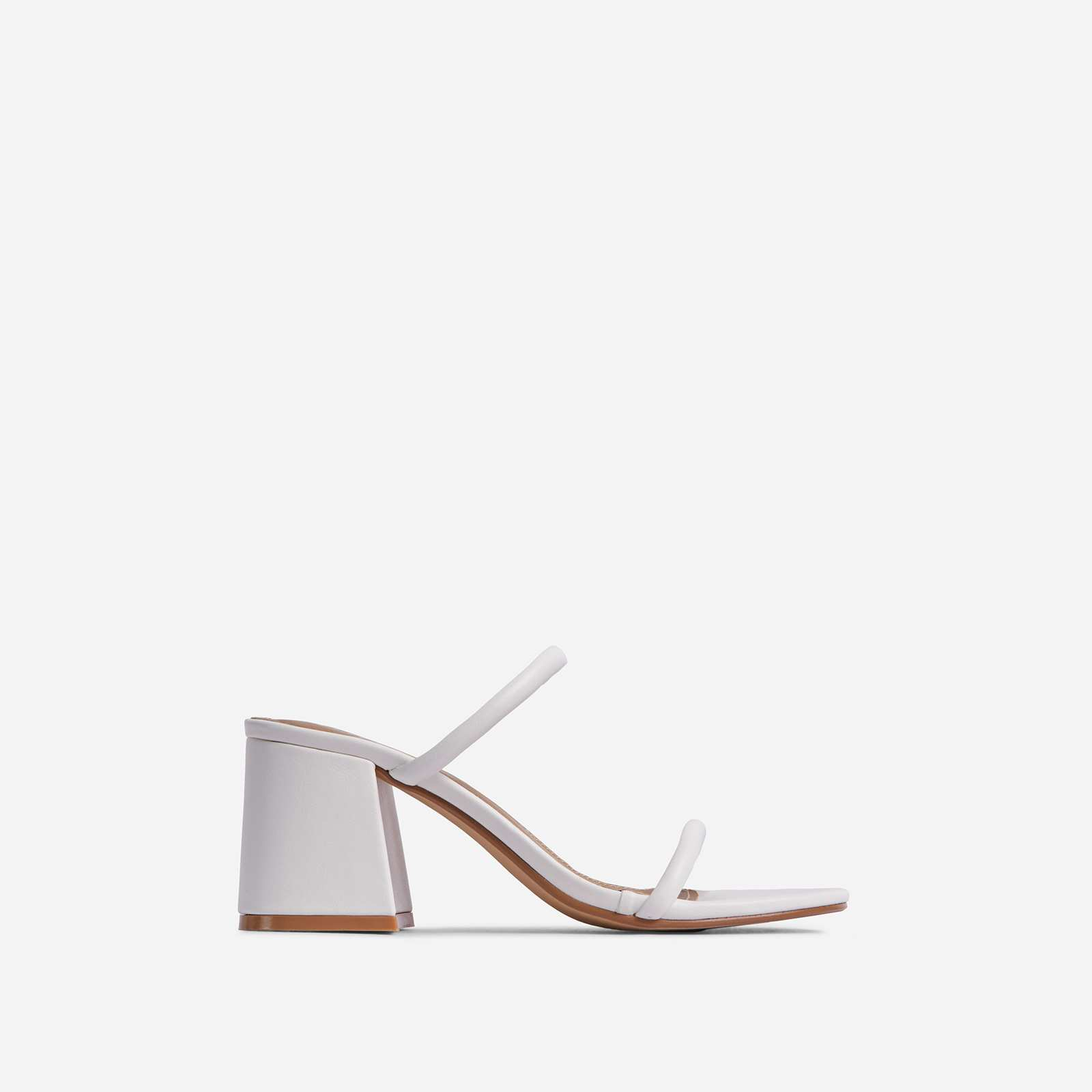 Fearless Wide Fit Double Strap Detail Low Block Heel Mule In White Faux Leather