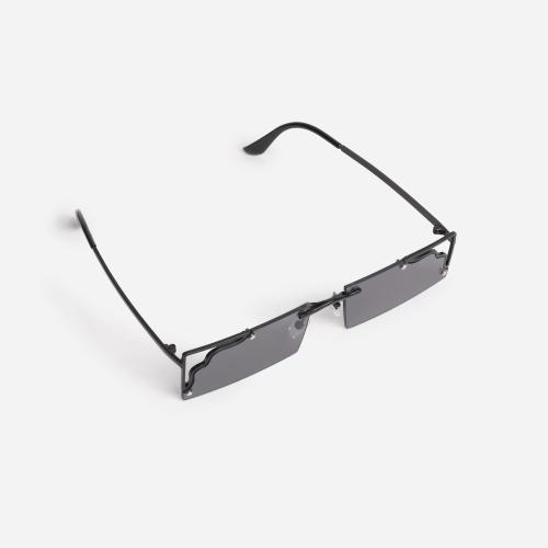 Cut Out Detail 90's Rectangular Sunglasses In Black