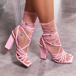 Gem Detail Socks In Pink Mesh